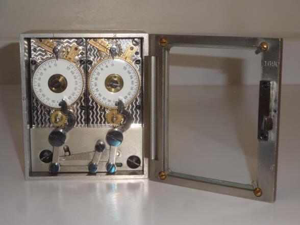 Diebold 1 Amp 2