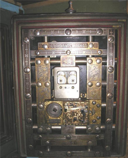 1000 Images About Antique Safes On Pinterest Antique
