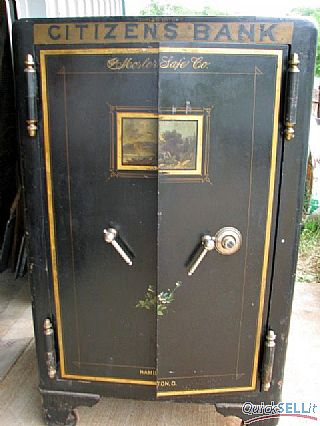 S&G #4 in Mosler safe door.jpg (30049 bytes)